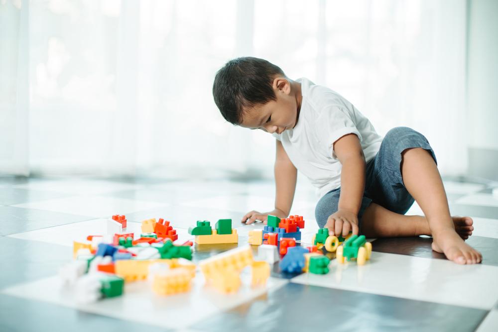 Tips Membuat Lantai Jadi Area Bermain yang Aman untuk Anak