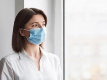 Alasan Harus Pakai Masker Meski Berada di Rumah