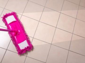 Cara Membersihkan Lantai Keramik yang Kusam